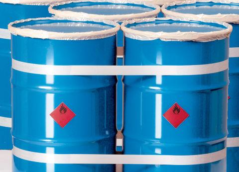 Fijacion de mercancias en palets con cinta adhesiva